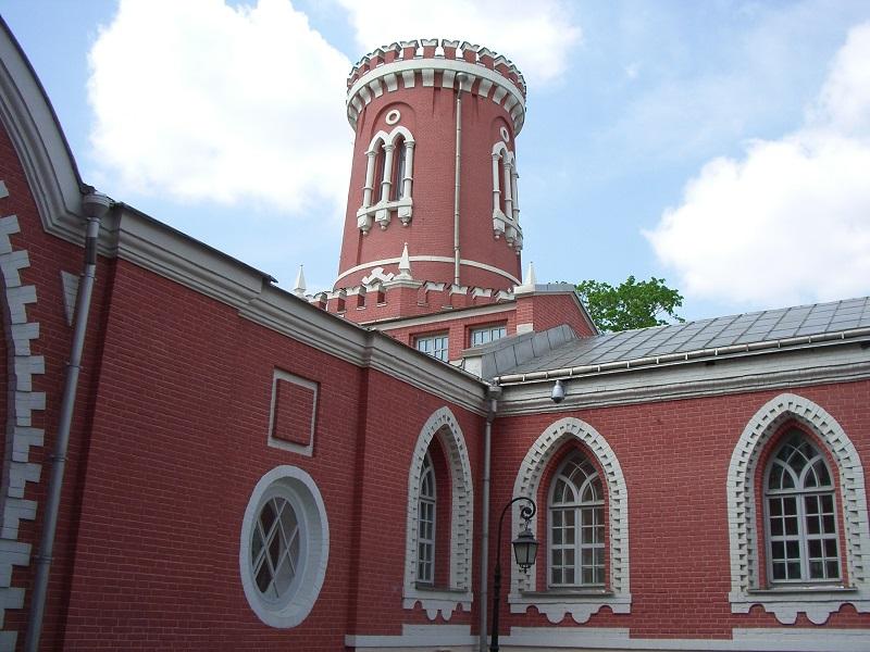 Башня Петровского дворца