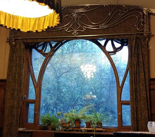 Окно гостиной особняка Рябушинских
