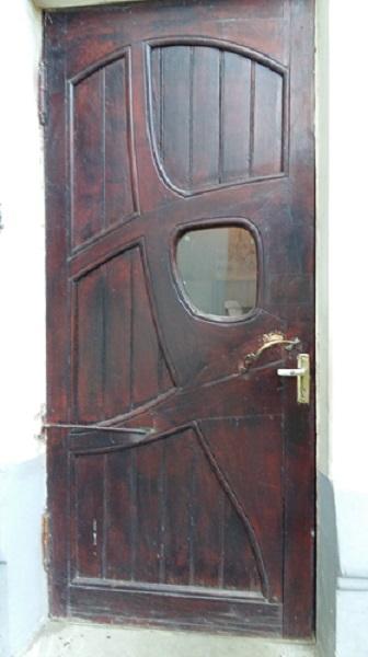 Дверь черного хода особняка Рябушинских