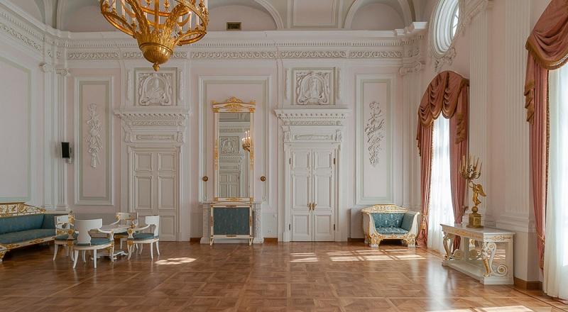 Кавалерский зал Петровского дворца