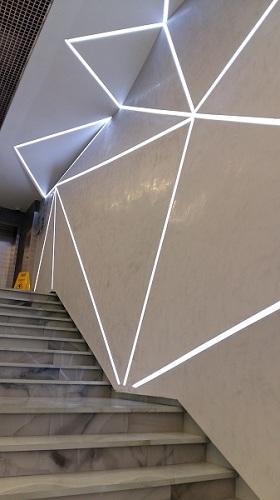 Лестница в фойе сцены на Сухаревской