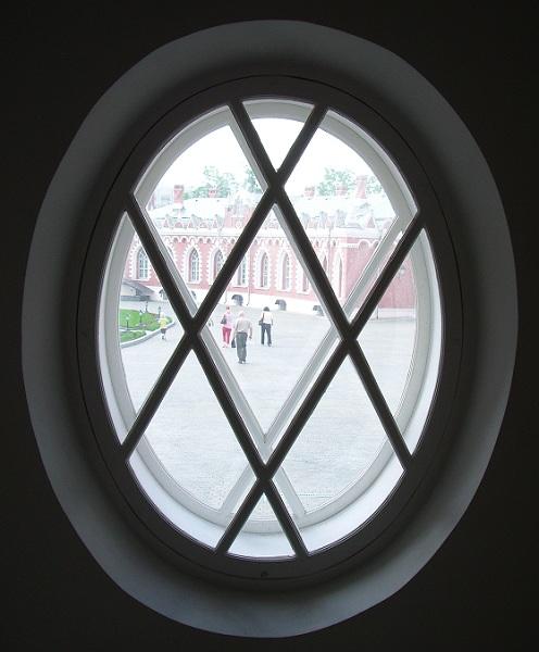Окно Петровского замка
