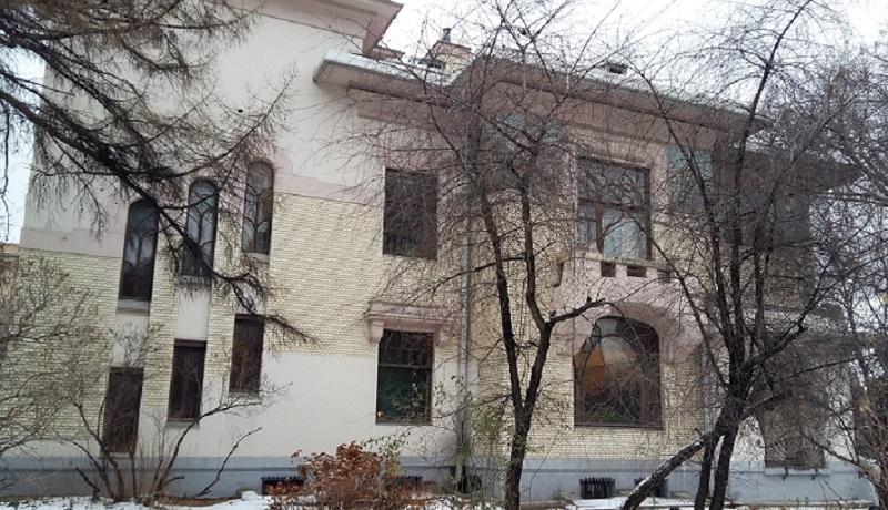 Окна бокового фасада особняка Рябушинского С.П,