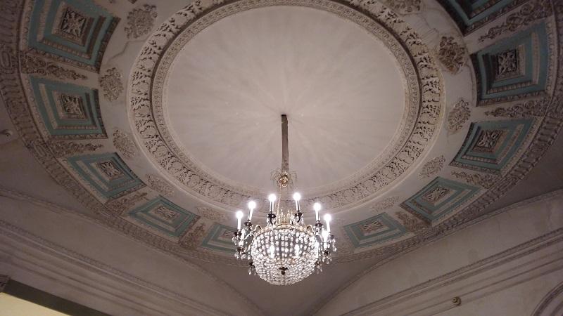 Потолок Зала театра Пушкина