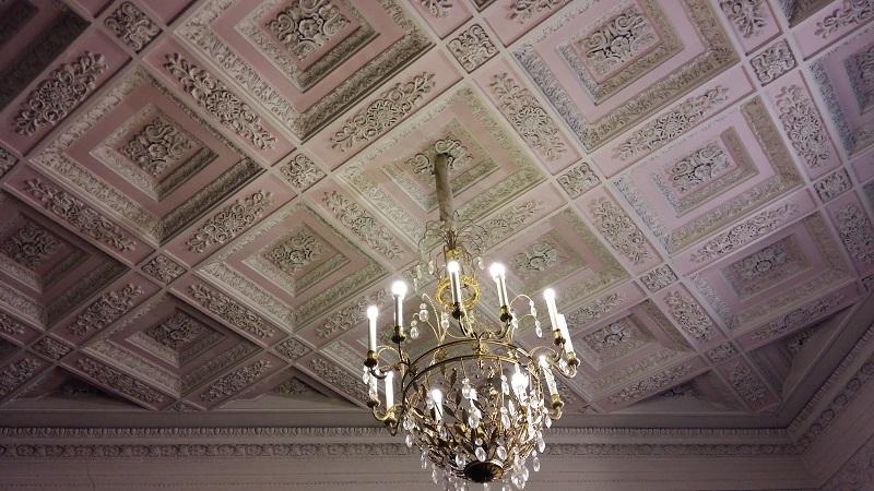Потолок Розового Зала театра Пушкина