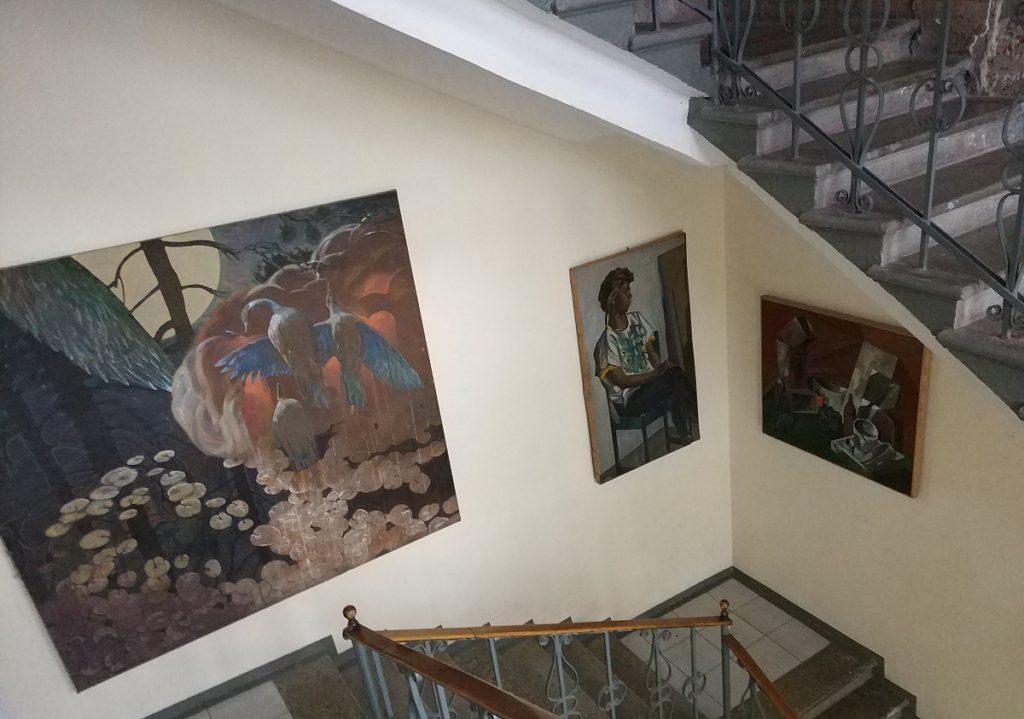 Центральная лестница Строгановского училища