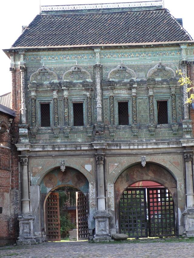 Северный фасад Крутицкого теремка