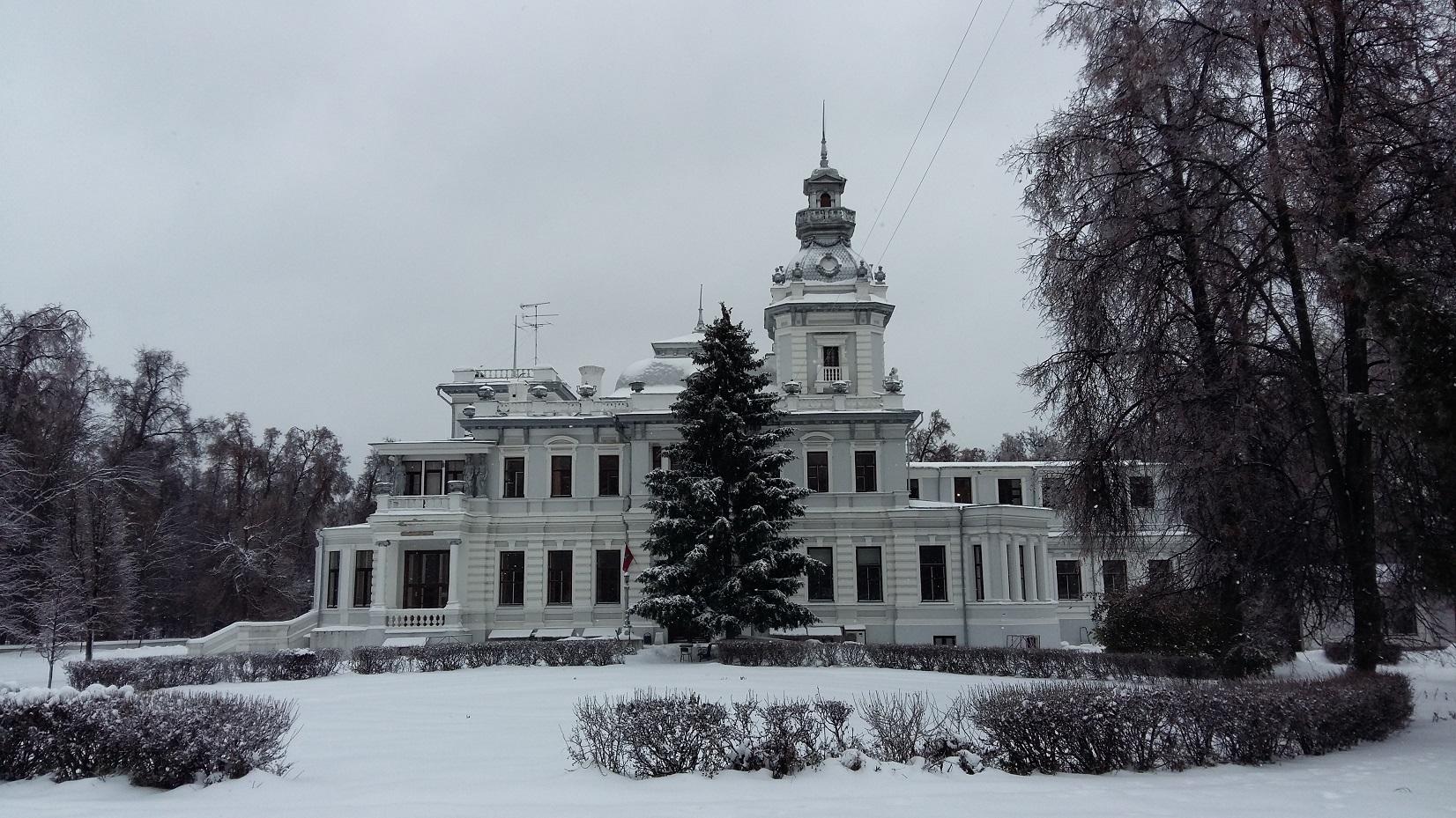 Здание усадьбы Грачевка